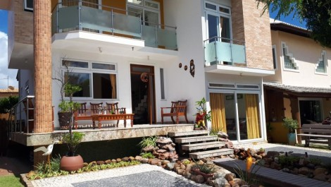 Linda Casa Duplex – Praia do Flamengo – 4 Suítes + Dependência, Garden, Terraço, 4 Vagas