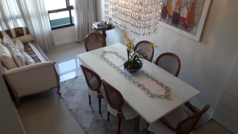 Vila Laura – Cobertura com 4/4 sendo 1 Suíte, Área 210m², 2 Vagas Cobertas